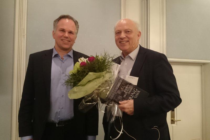 Bjørn Skogstad Aamo og styreleder i Forsikringsforeningen Leif Osland